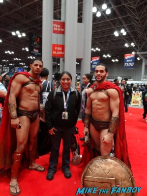 shirtless naked gladiator men at new york comic con nycc 2012 rare promo muscle men abs not rare promo