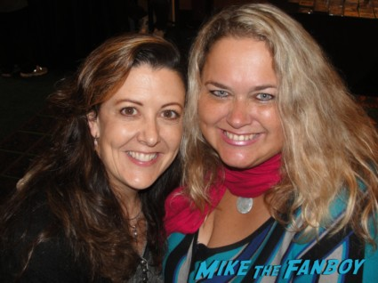 mike the fanboy's own suddenly susan and pinky hanging out at the hollywood collector's show in Burbank hot fangirls