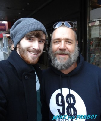 Russell Crowe signing autographs for fans and posing for fan photos with Dan in new york city les miserables rare promo