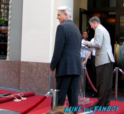 mark harmon giving his speech at the hollywood walk of fame ceremony hot sexy ncis star rare signing autographs for fans