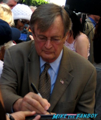 David McCallum signing autographs at Mark Harmon's walk of fame star ceremony and greeting fans ncis star