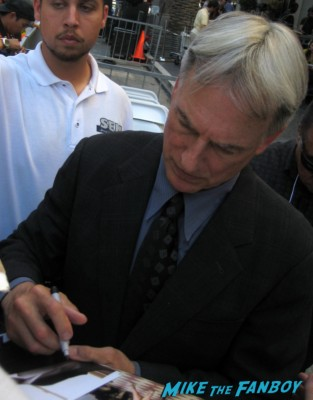 sexy mark harmon signing autographs for fans at mark harmons walk of fame star ceremony in hollywood hocus pocus star