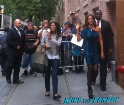 Sofia Vergara signing autographs for fans at good morning america in new york city hot sexy modern family star