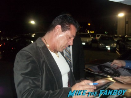actors from sons of anarchy sign autographs for fans at the season 5 wrap party hot sexy bikers