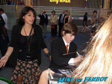 Chandler riggs signing autographs for fans at the walking dead season 3 premiere at universal citywalk andrew lincoln rare promo hot