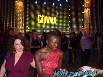 Danai Gurira signing autographs for fans at the walking dead season 3 premiere at universal citywalk andrew lincoln rare promo hot