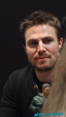 Stephen Amell signing autographs at new york comic con nycc 2012 hot sexy arrow star hot promo sexy