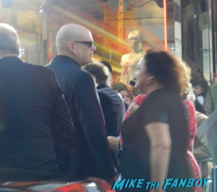 andy wachowski arriving to the at the cloud atlas movie premiere cloud atlas movie premiere rare tom hanks halle berry jim broadbent dissing fans rare promo red carpet