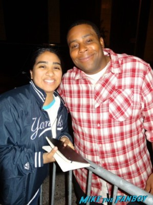 Keenan Thompson signing autographs and posing with elisa from mike the fanboy at the night of too many stars in new york city