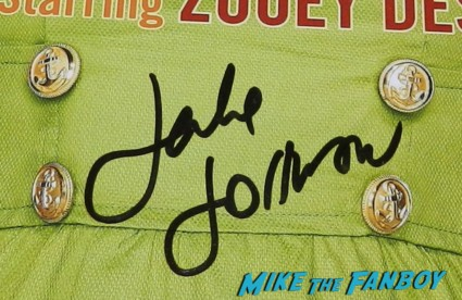 jake johnson signed autograph signature rare new girl promo poster hot jake johnson from new girl signing autographs for fans at the los angeles police golf tournament signed photo poster rare promo