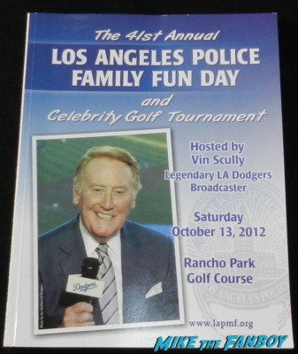 jack nicholson signing autographs at the los angeles police family fun day 2012 program rare vin scully