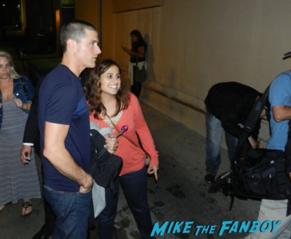 Matthew Fox signing autographs for fans after a talk show taping hot sexy lost star rare promo jack shephard party of five