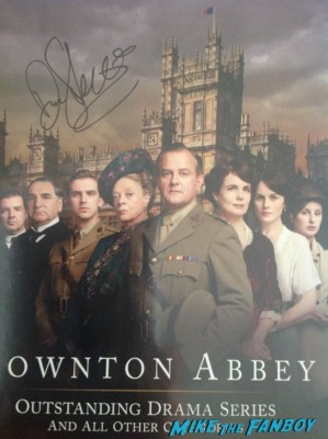 Dan Stevens signed autograph downton abbey promo poster rare hot sexy british star dan stevens from Downton abbey posing with erica from Mike The Fanboy Downton abbey star dan stevens signing autographs for fans after a performance of heiress on Broadway