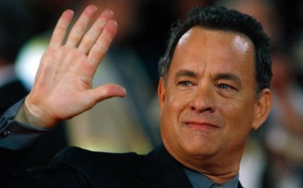 tom hanks waving goodbye to some random people as he refuses to sign autographs for fans because he's a dick