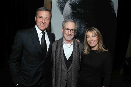 "President and CEO of The Walt Disney Company Bob Iger, Director/Producer Steven Spielberg and Partner, Co-Chairman, & CEO of DreamWorks Pictures Stacey Snider at The World Premiere of DreamWorks Pictures ""Lincoln"" At The AFI FEST 2012 held at Grauman's Chinese Theatre on November 8, 2012 in Hollywood, California. Copyright info: 2012 DreamWorks II Distribution Co., LLC and Twentieth Century Fox Film Corporation. All Rights Reserved.  (Photo by Eric Charbonneau/WireImage) *** Local Caption *** Bob Iger;Steven Spielberg;Stacey Snider The World Premiere Of DreamWorks Pictures ""Lincoln"" At The AFI FEST 2012"