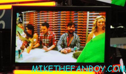 elijah wood and the cast of wilfred signing autographs at comic con 2012 sdcc rare promo danny gan