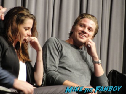 on the road q and a with kristen stewart garrett hedlund and director walter salles signed autograph bella twilight tron legacy adventureland