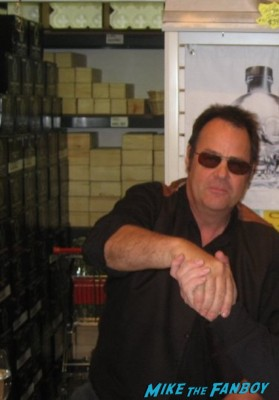 Dan Aykroyd signing autographs for fans at his crystal head vodka autograph signing rare promo hot