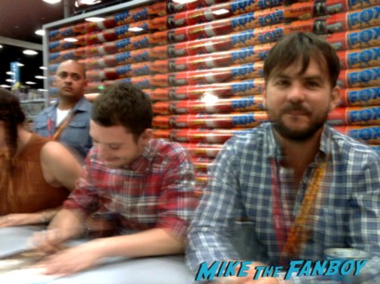 elijah wood and the cast of wilfred signing autographs at comic con 2012 sdcc rare promo Jason gann