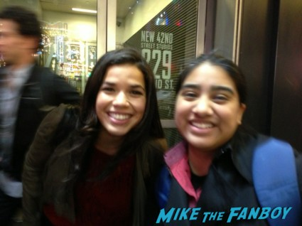 America Ferrera fan photo signing autographs for fans ugly betty real women have curves hot