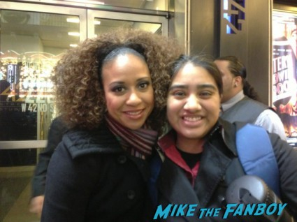 Tracie Thoms fan photo rare promo signing autographs for fans rent hot sexy signed autograph