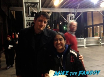 Zach Woods (Gabe from The Office) posing for a fan photo rare promo signing autographs for fans rare