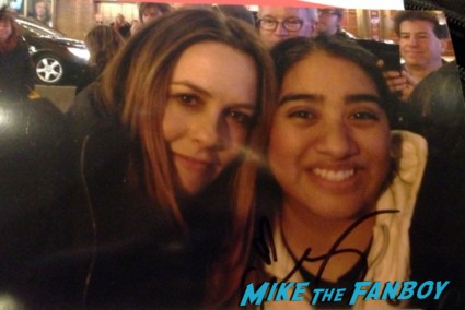 elisa with sexy alicia silverstone signing autographs for fans after a performance of the performers on broadway in new york city hot rare