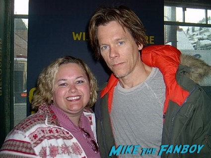 kevin bacon fan photo signing autographs with pinky from mike the fanboy at the sundance film festival rare promo