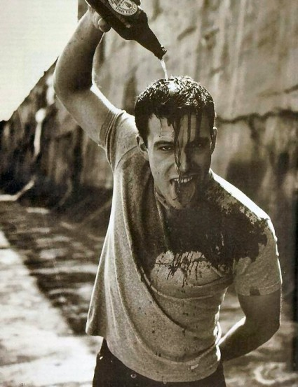 ben affleck hot sexy photo shoot wet rare promo black and white rare beer
