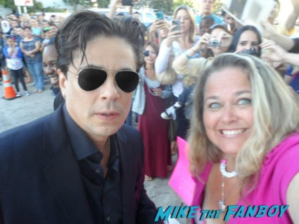 Benicio del Toro rare promo fan photo hot sexy signing autographs savages star traffic hot rare signature