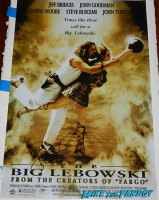 John goodman signing autographs for fans roseanne the big lebowski signature mini poster one sheet