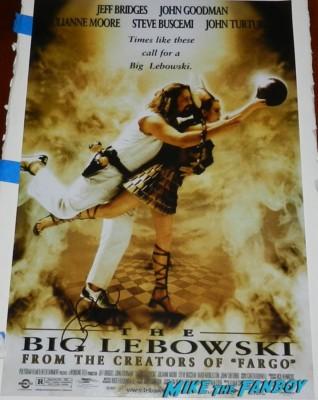 John goodman signing autographs for fans roseanne the big lebowski signature mini poster one sheet