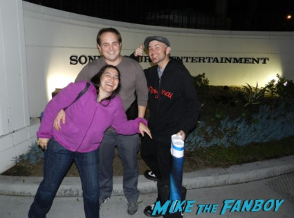 gregg and liz with scotty from mike the fanboy waiting for john hurt signing autographs for fans 003