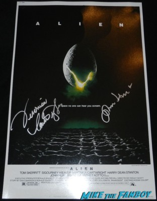 john hurt signed autograph Alien promo mini movie poster rare ridley scot promo hot Alien starsigning autographs for fans 008