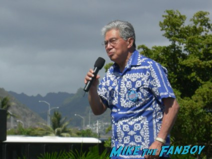 hawaiian mayor at a rally for president barack obama president barack obama arriving to a speech in 2008 hawaii rare pre nomination president signed signing autographs rare promo signature