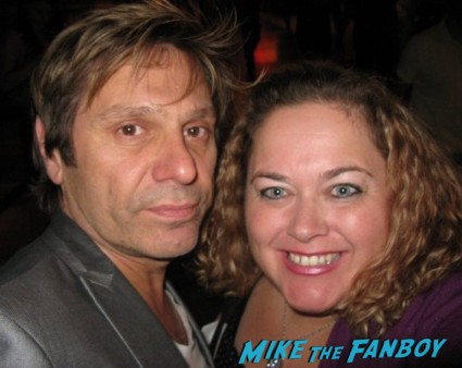 duran duran's roger taylor posing with pinky from mike the fanboy for a photo signing autographs rare promo hot sexy lead singer