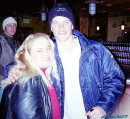 Matt Damon fan photo with pinky from mike the fanboy at Sundance film festival 2012 rare promo