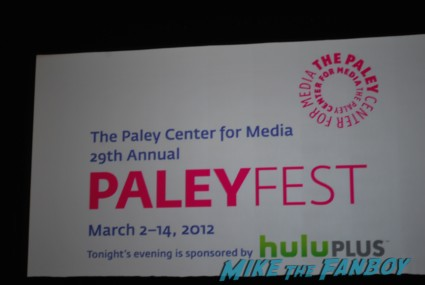 Community paleyfest 2012 panel with joel mchale yvette nicole brown signing autographs for fans rare promo