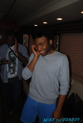Childish Gambino concert aka: Donald Glover signing autographs for fans rare promo signed photo concert marquee oakland ca marquee hot community star rare promo