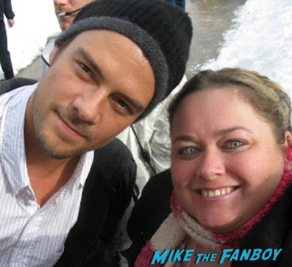 Josh Duhamel fan photo hot sexy rare promo signing autographs for fans hot rare promo