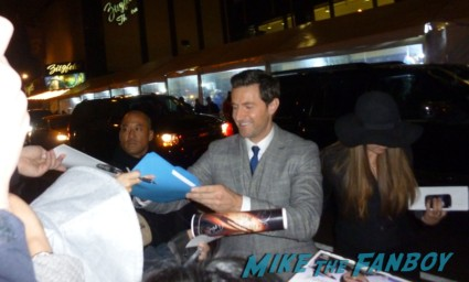 sexy richard armitage signing autographs for fans and greeting the crowd at the hobbit world movie premiere in new york city are promo gandolf