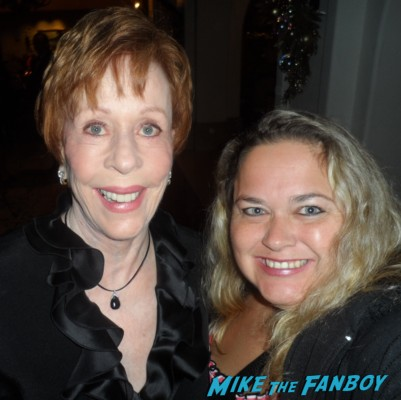 carol burnett with pinky posing for a fan photo signed autograph signing autographs rare promo comedy legend hot rare