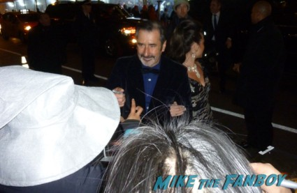 William Kircher signing autographs for fans at the hobbit movie premiere in new york city rare promo