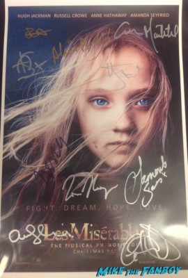 les miserables signed autograph movie poster anne hathaway hugh jackman amanda seyfried