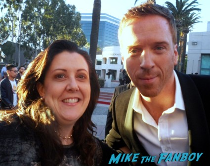 Damian lewis fan photo signed autograph rare promo homeland signing autographs for fans homeland star band of brothers rare promo dance