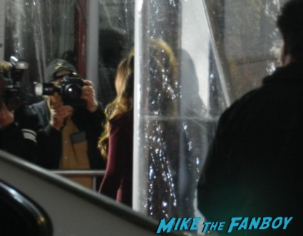 megan fox waving to fans at the this is 40 world movie premiere debacle hot sexy rare promo