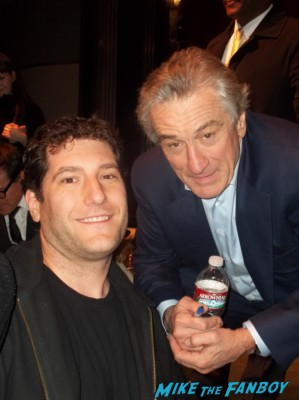 robert De Niro fan photo with mike the fanboy signing autographs for fans rare signed autograph silver linings playbook