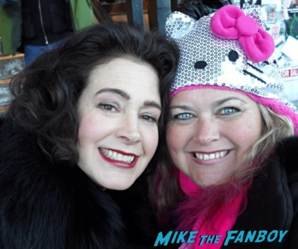 Sean Young Fan Photo signing autographs for fans sundance film festival 2013 hot sexy star rare promo