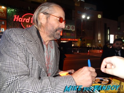 Peter Stormare signing autographs for fans rare  photo rare photo shoot gene simmons signing autographs for fans at the last stand movie premiere red carpet Arnold Schwarzenegger jamie alexander rare promo red carpet photo