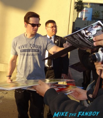 Marky Mark Wahlberg signing autographs for fans hot sexy actor model rare calvin klein promo broken city pain and gain movie poster